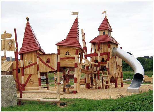 מתקני משחקים | מתקני עץ | מתקן טיפוס וגלישה מעץ | מתקני שעשוע