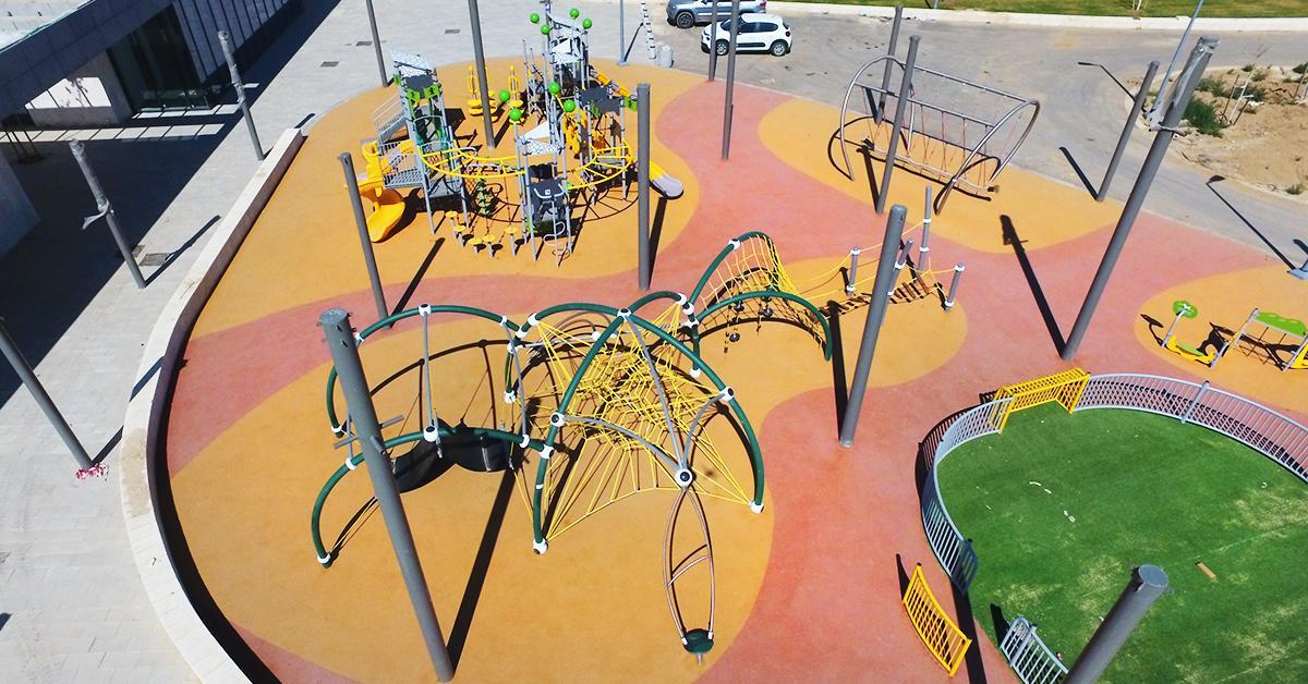 מתקני משחקים | פארק ספורטק באר שבע | מתחם גן שעשועים | מתקני שעשועים